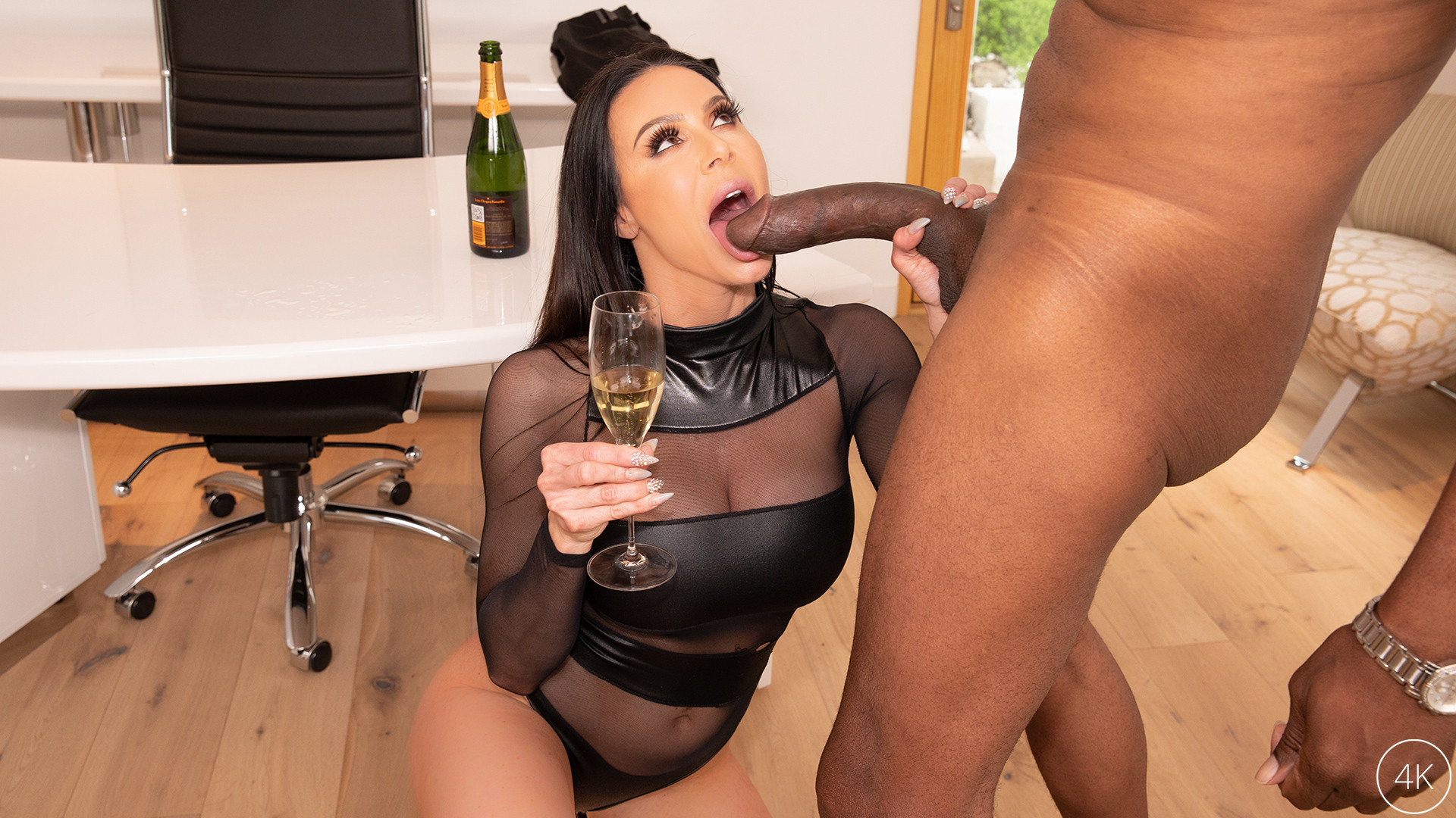 Big Tit MILF Star Kendra Lust Has A BBC Celebration With Dredd